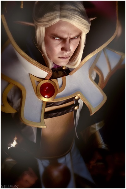 Andrew as Kael