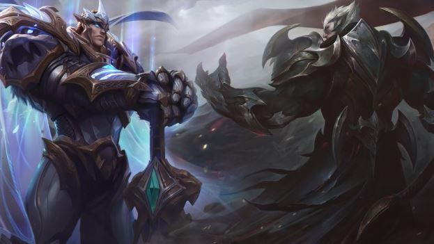 Gaming Computer's Screenshot of God King Garen and God King Darius, A New Legendary Skins